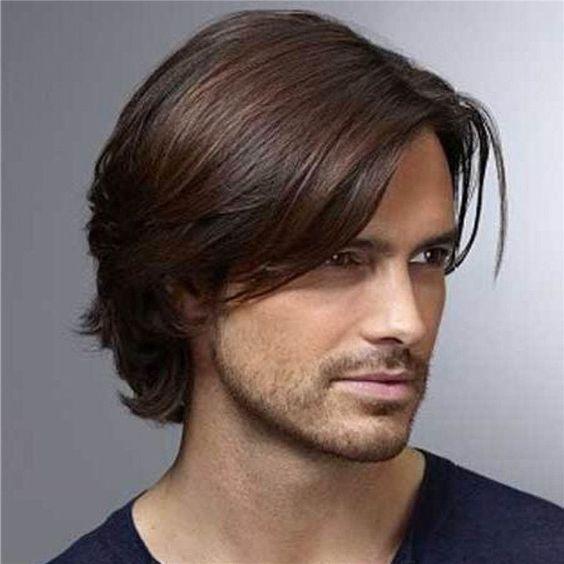 Straight-Medium-længde-frisurer-for-mænd
