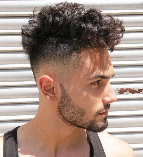 Layered-Curls-og-Bald-Fade