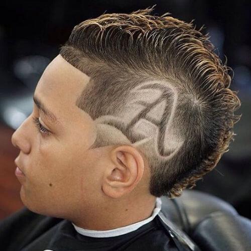Spiral-græske-hår-design-til-mænd