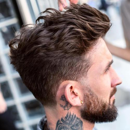 Bølgete Quiff Haircut