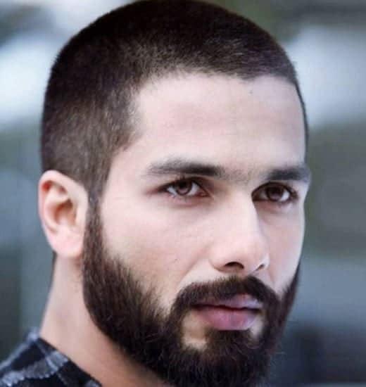 Korte frisurer til indiske mænd
