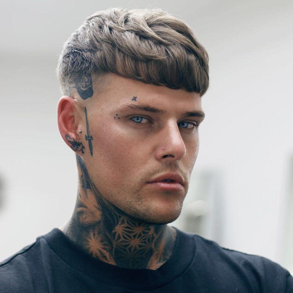 Tidløs Pompadour Haircut